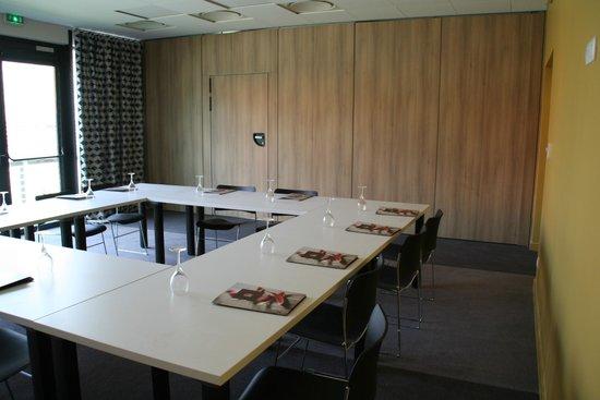 Qualys Hotel & Spa Vannes : Salle de séminaire