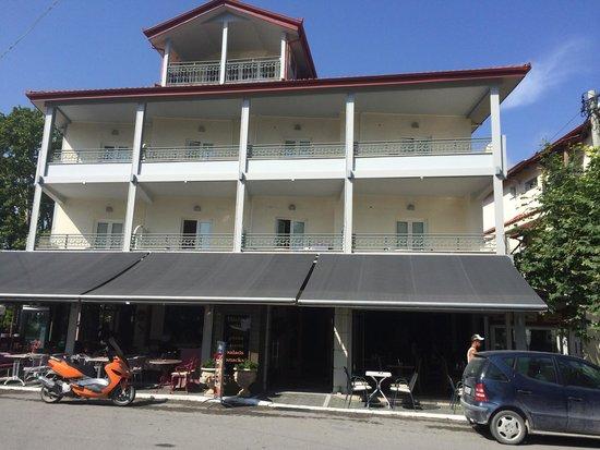 Hotel Dias : Front