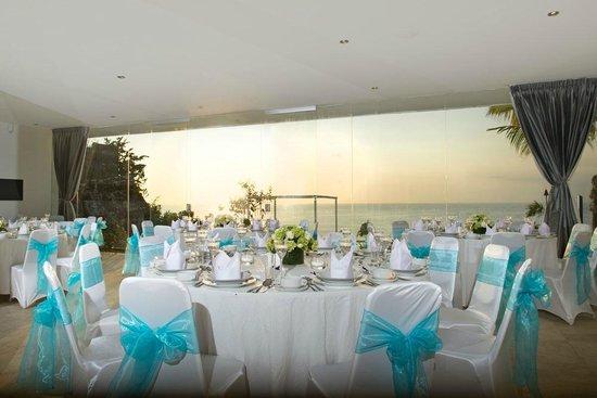 Club 151 Smart Villas Dreamland: C151 Clifftop Wedding and Events Centre