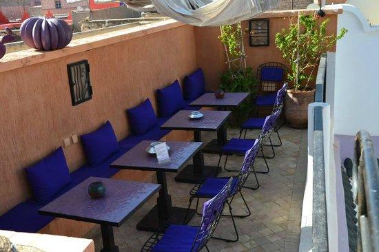 Riad Houdou : La terrasse, où il fait bon prendre le petit déjeuner