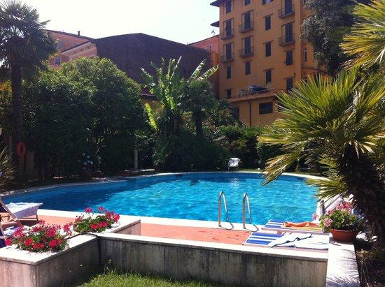 Hotel Parma e Oriente: Piscina