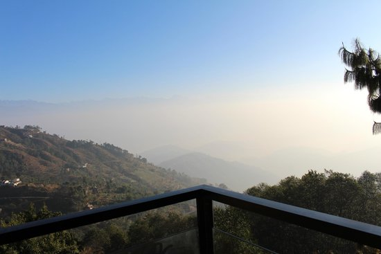 Club Himalaya by ACE Hotels : Fabulous view of nagarkot from the balcony