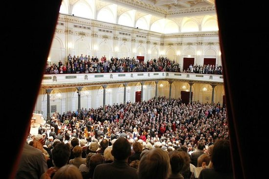 The Concertgebouw welcomes more then 700.000 visitors each year!