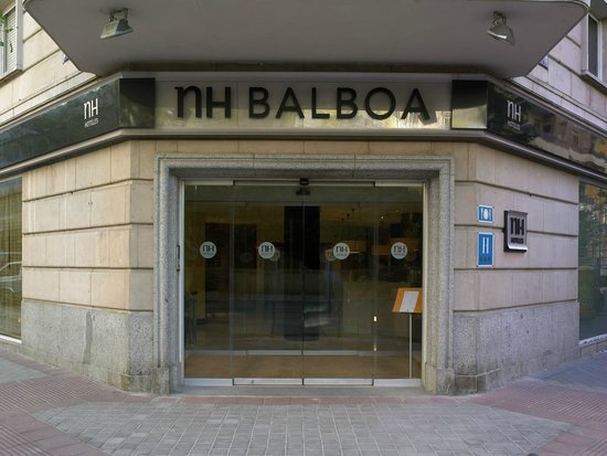 NH Madrid Balboa: Facade