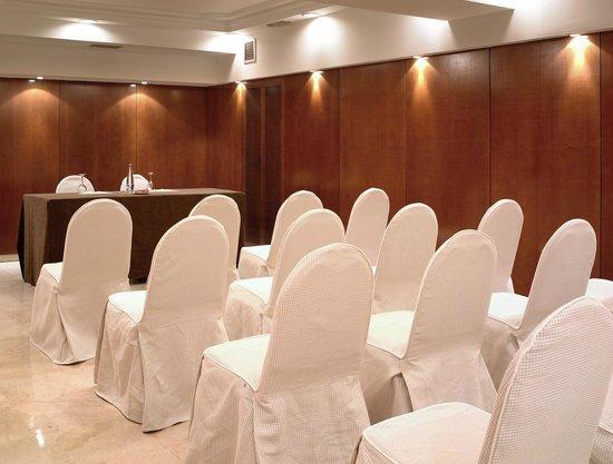 NH Madrid Balboa: Madrid Meeting Room