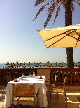 Le Meridien Ra Beach Hotel & Spa : Zona de desayuno