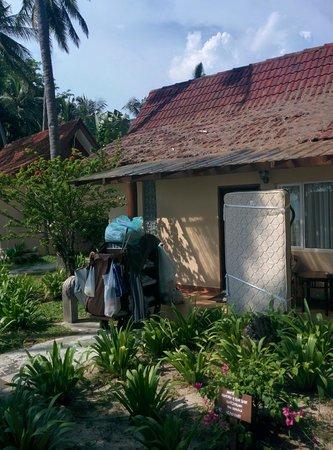 The Frangipani Langkawi Resort & Spa: Так выглядел наш номер перед заселением, а где-же уборщица?