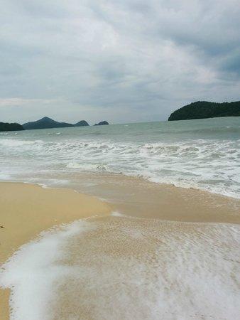 The Frangipani Langkawi Resort & Spa: Море около отеля