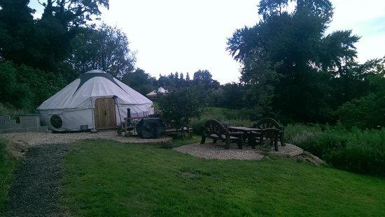 Love2Yurt: Lakeside Yurt