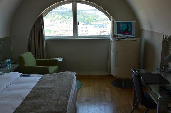 Radisson Blu Bosphorus Hotel, Istanbul : номер на 7м этаже