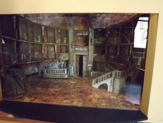 Teatro Massimo : Una miniricostruzione di scena in 3d