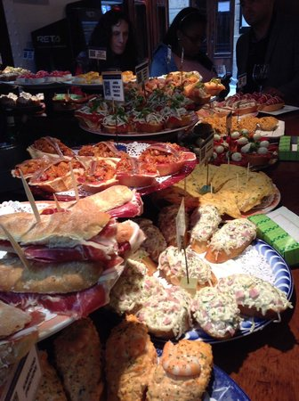 San Sebastian Walking Tours: Pintxos
