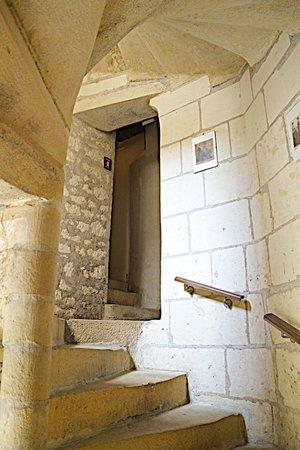 Hotel de Beaulieu : escalier à vis