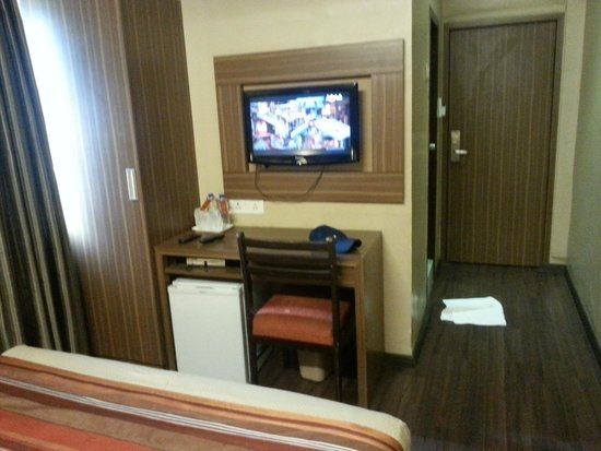 Hotel Landmark Fort: DELUXE ROOM