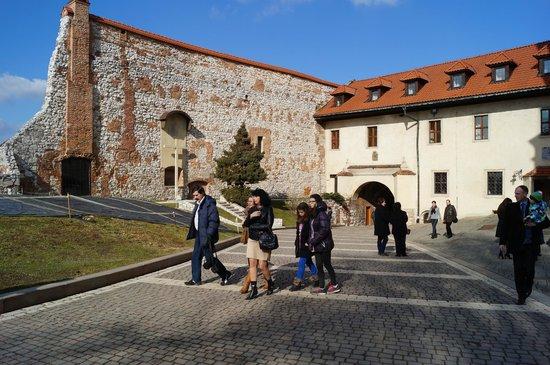 Benedictine Abbey of Tyniec: Na dziedzińcu