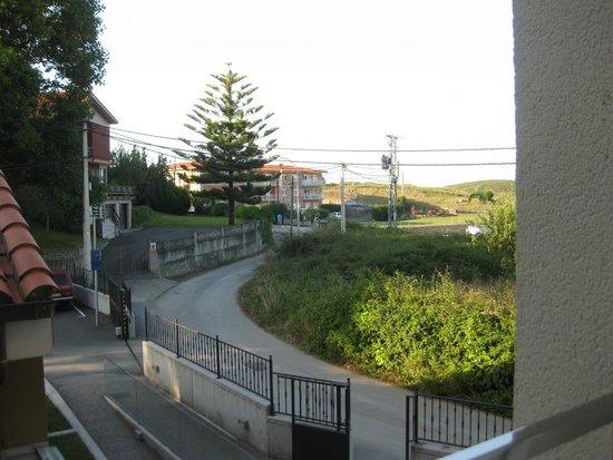 Apartamentos Ancora: Vista desde la habitación, al fondo la playa