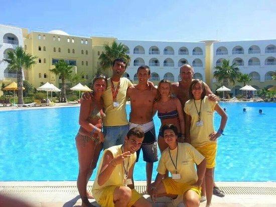 Paradise Friends Royal First Sidi Mansour Resort: Animazione Sidi Mansour  (in giallo)