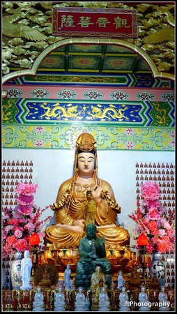 Thean Hou Temple : Deity Statue