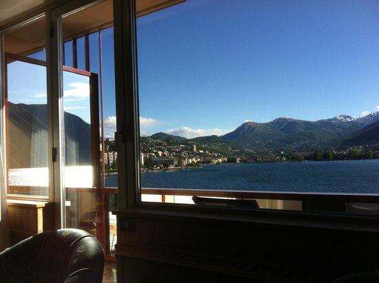 Grand Hotel Eden: Room with a view of Lugano. The mirrors on the balcony reflect the views.