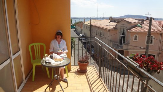 Hotel de Thau: Relax on the balcony