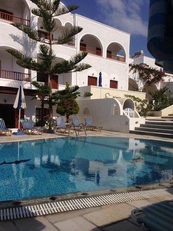 Sideris Sunflower Villa : our Greek home