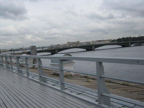 Neva Embankments: Набережная