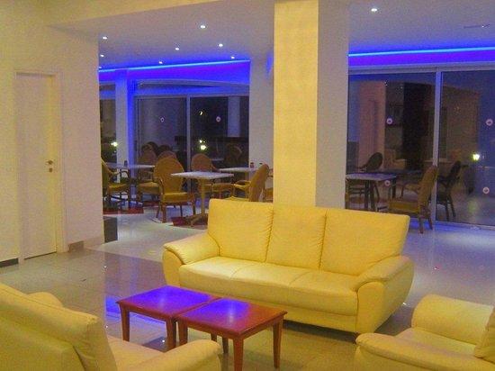 Corfu Hotel: Отель
