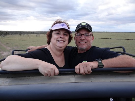 Eagle View, Mara Naboisho : Wendy & Brian Gilvey enjoying a game drive.