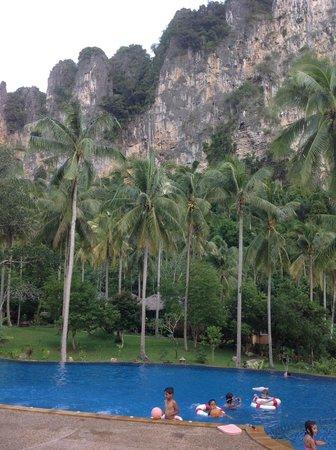 Ban Sainai Resort: A view of the pool & surrounding limestone cliffs