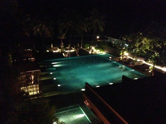 Cape Nidhra : View from the Rocks rooftop bar