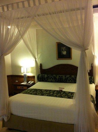Keraton Jimbaran Beach Resort: hotel room