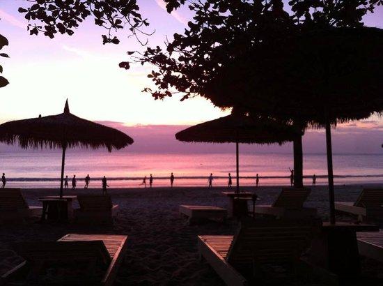 Keraton Jimbaran Beach Resort: hotel beach
