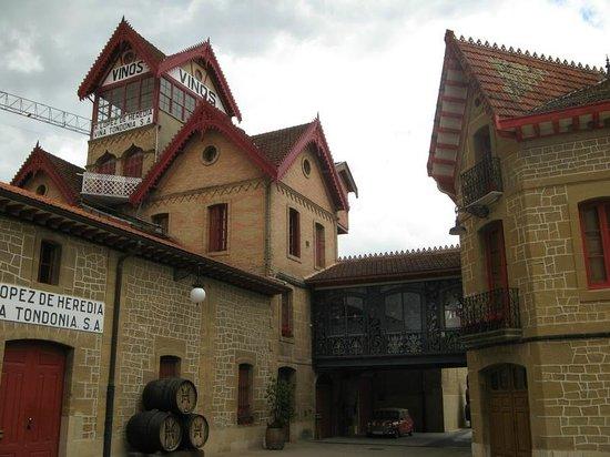 Bodegas Lopez de Heredia Vina Tondonia: Beautiful architecture