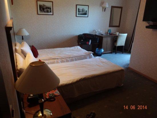 Hotel River Side: Room 504!