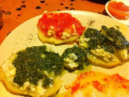 Tasca Como Antaño: ¿Mojopicon? Probadlo junto a la batata blanca y bacalo... impresionante chef!!!