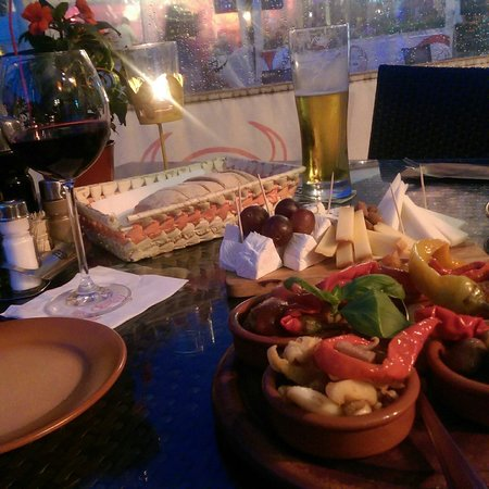 Tapas Bar: Platter and Cheese plate
