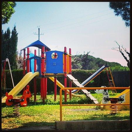 Kim's Camping Caravaning & Bungalow Park: KIM'S parque infantil
