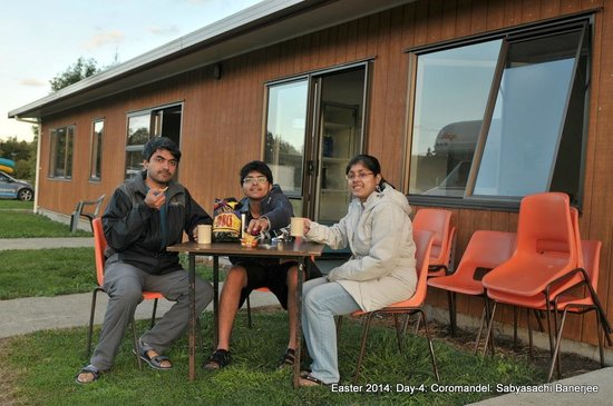 Seabreeze Holiday Park : Outside the community kitchen