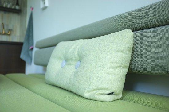 Stout & Co. Amsterdam: Hay pillow