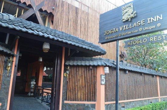 Dusun Jogja Village Inn : front hotel