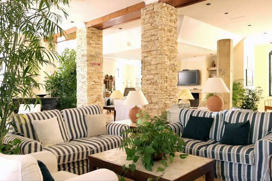 Loule Jardim Hotel : Lobby