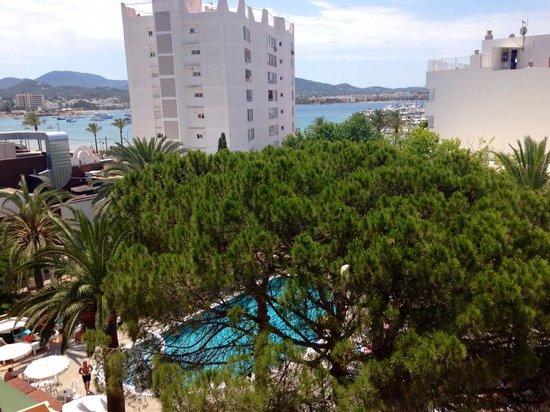 Hotel Playasol Marco Polo I : Sicht vom Balkon aufe den Pool