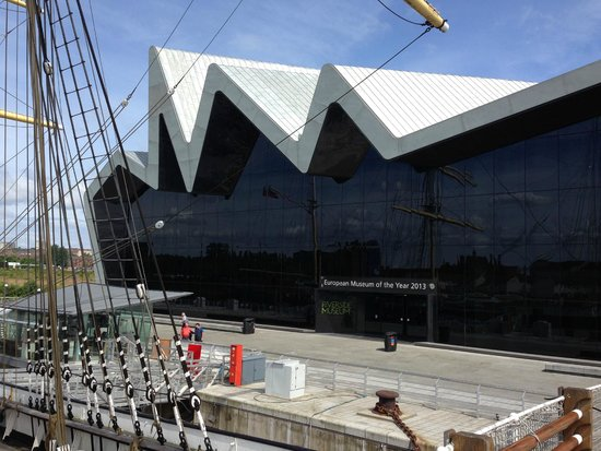 People's Palace and Winter Gardens : Riverside Museum from the Tall Ship