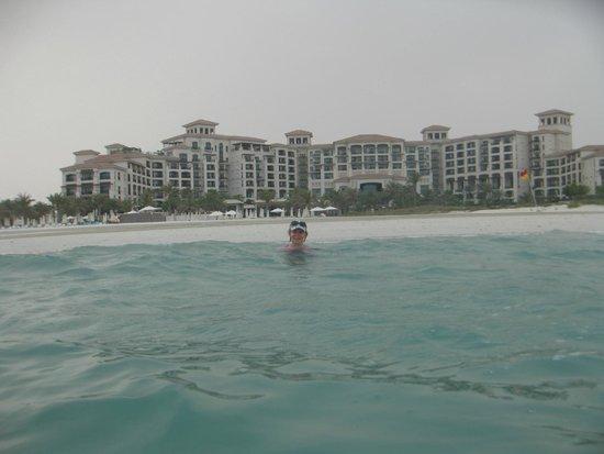 The St. Regis Saadiyat Island Resort: Вид ии моря.