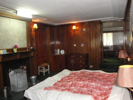Darjeeling Planters Club : Room No 4 from other side