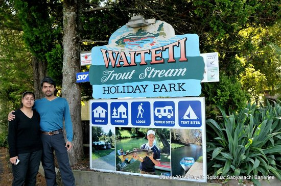 Waiteti Trout Stream Holiday Park: Entrance