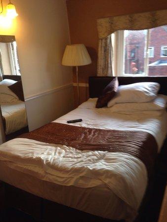 Talbot Hotel: My bedroom