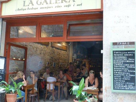 La Galera from the street