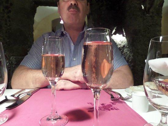 Triton Restaurant: Sparkling rose