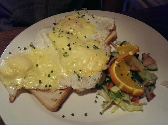 Cafe 't Singeltje: eggs on bread